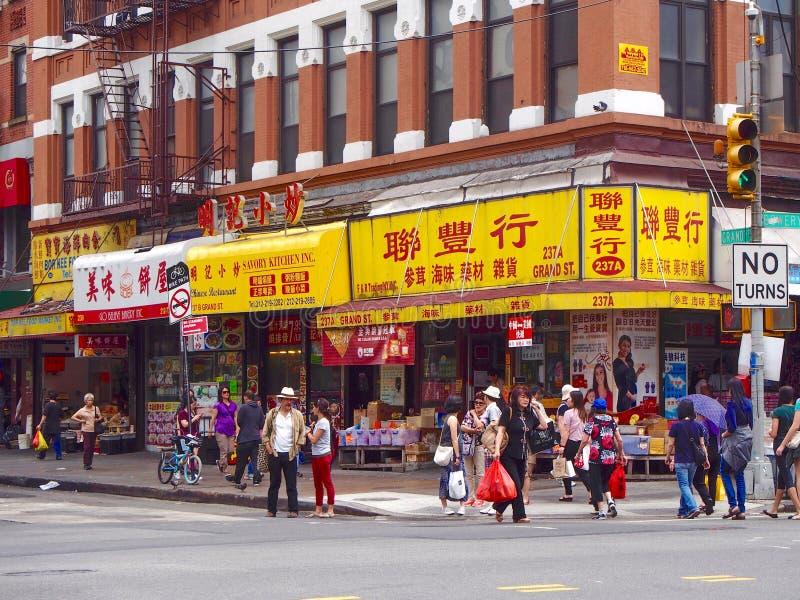 New York - Förenta staterna - gata av kineskvarteret i New York royaltyfri bild