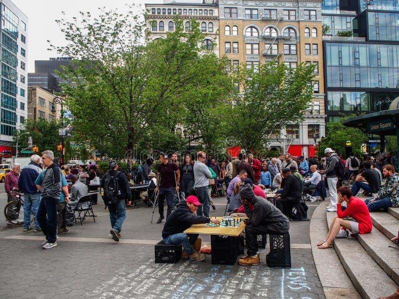 New York - gli Stati Uniti, la gente che gioca scacchi in Union Square a New York fotografia stock