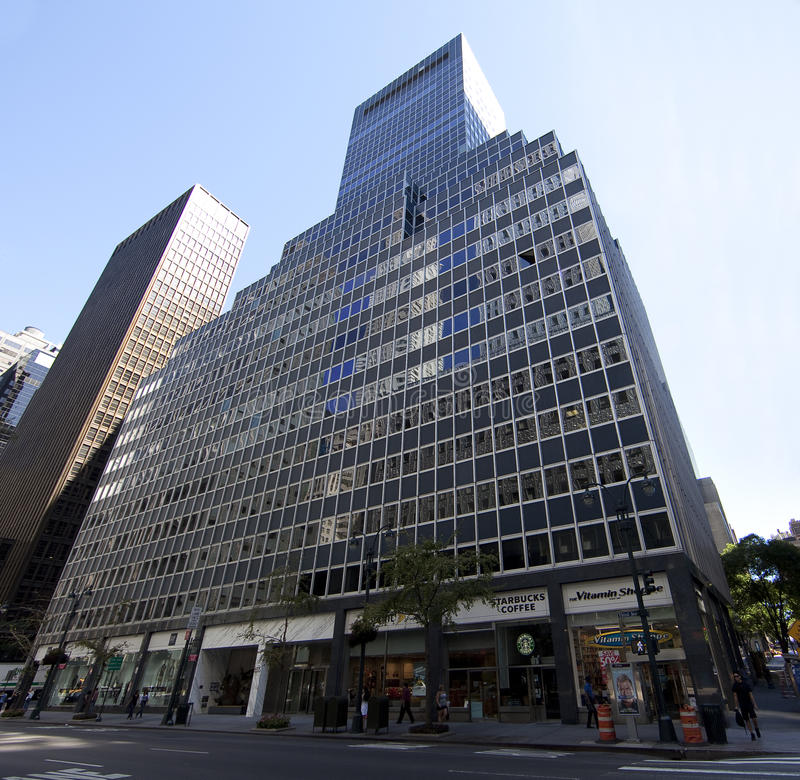 Download New York High Rise On 3rd Ave Editorial Stock Photo - Image: 16010098