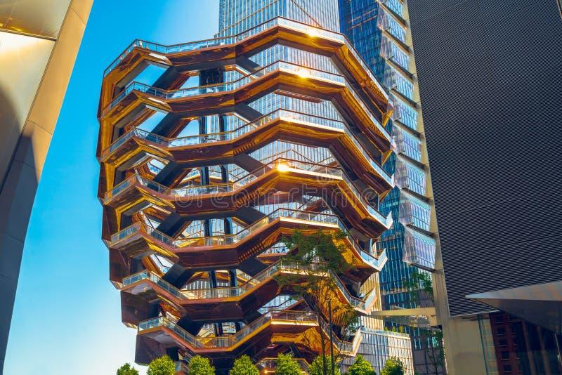 New York, Hudson Yards, VesselTKA e grattacieli immagine stock