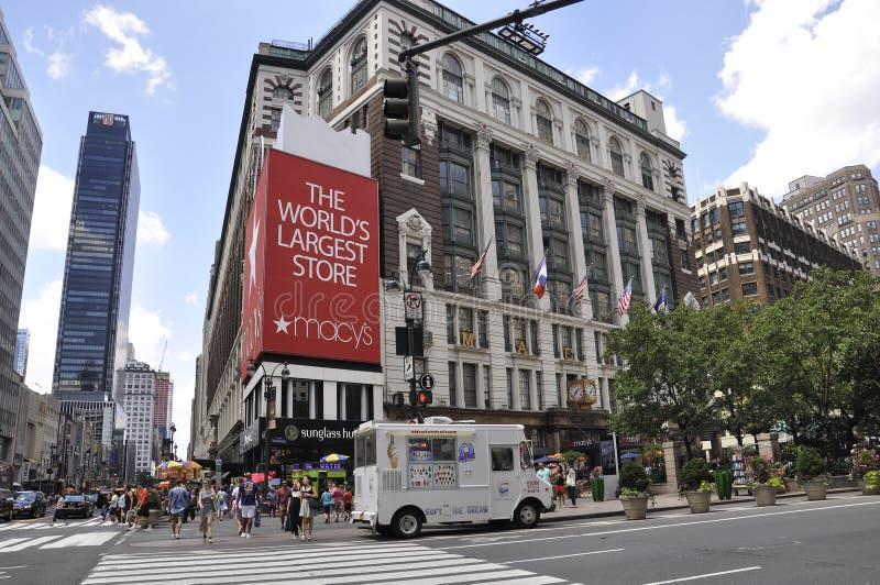 New York, il 2 luglio: Deposito del ` s di Macy da Herald Square nel Midtown Manhattan da New York negli Stati Uniti immagini stock