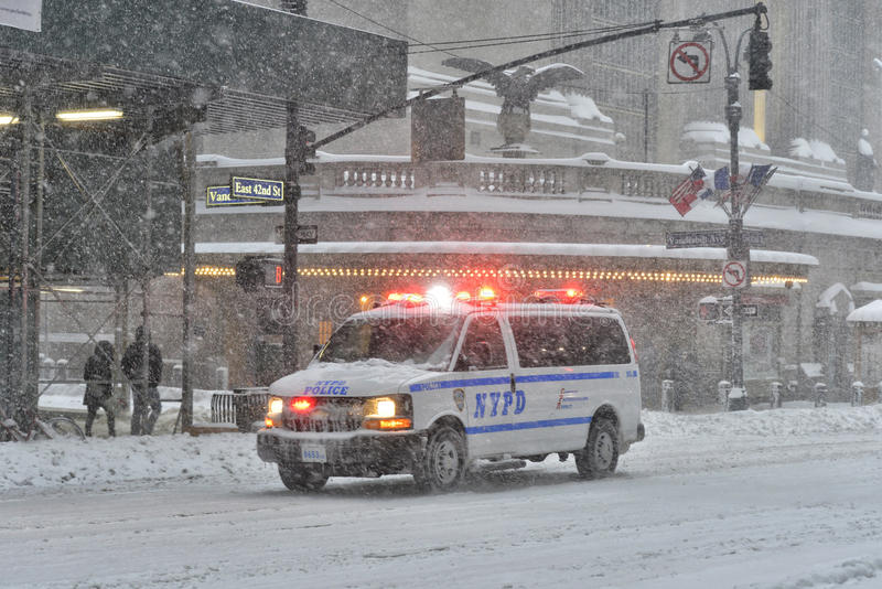 NEW YORK - JANUARY 23, 2016: NYPD car in Manhattan, NY during massive Winter Snow Storm stock photography