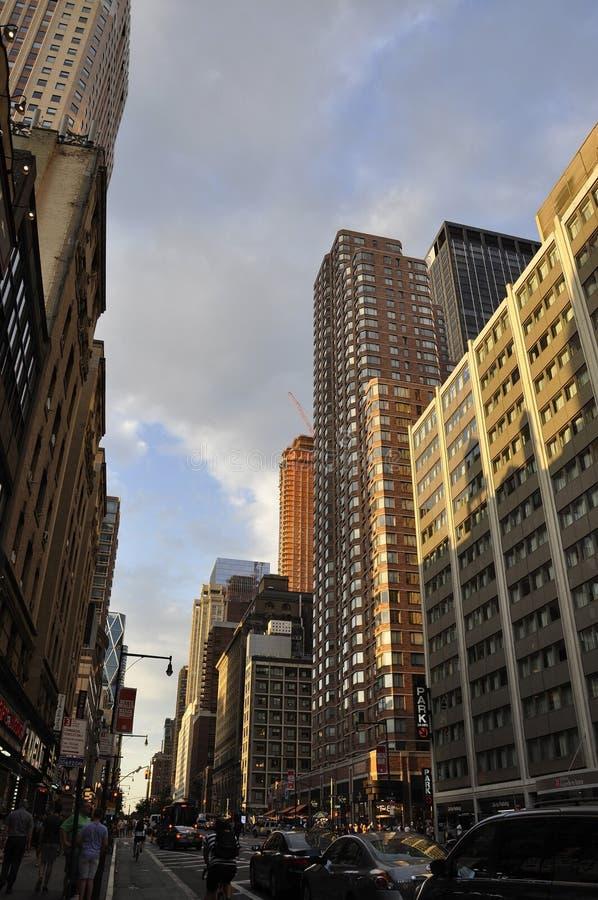 New York, le 1er juillet : Horizon dans Midtown Manhattan de New York City aux Etats-Unis image libre de droits
