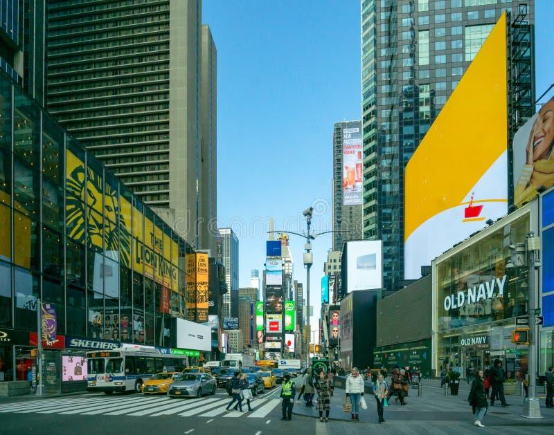 New York, NY/Estados Unidos - fevereiro 26, 2019: Ideia da paisagem de olhar às vezes o quadrado da parte alta da cidade com turi foto de stock royalty free