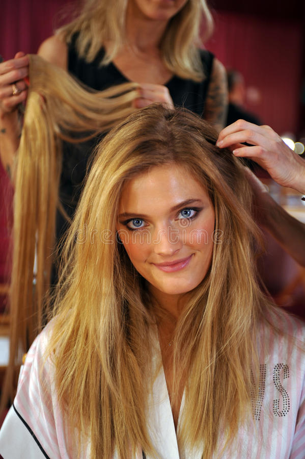 Download NEW YORK, NY - NOVEMBER 13: Model Constance Jablonski Prepares At The 2013 Victoria's Secret Fashion Show Editorial Photography - Image of look, make: 35259537