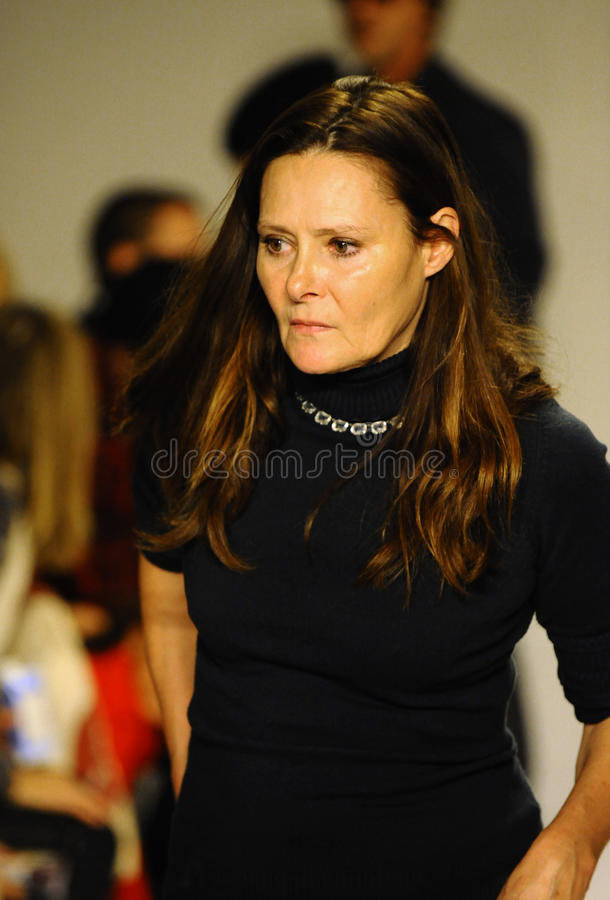 NEW YORK, NY - OCTOBER 19: Deborah Huges seating guests during the Bonnie Young preview at petitePARADE Kids Fashion Week stock images