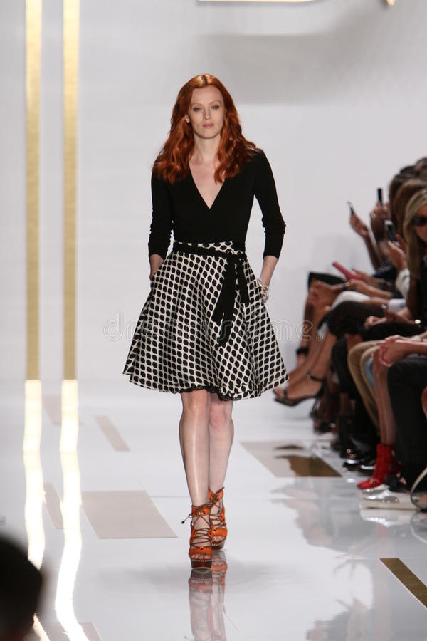 NEW YORK, NY - SEPTEMBER 08: A model walks the runway during the Diane Von Furstenberg fashion show stock images