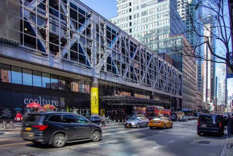 New York, NY/unido Estado-março 24, 2019: Ideia da paisagem do terminal de ônibus de Port Authority em Manhattan imagem de stock royalty free