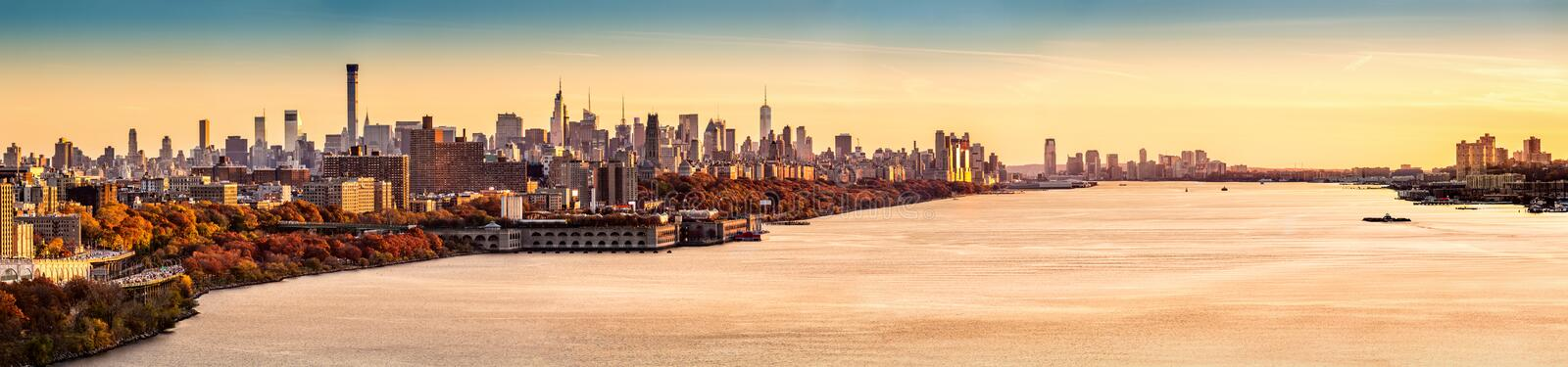 New York och Hudson River panorama royaltyfri foto
