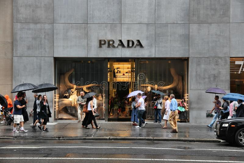 Download New York Prada photographie éditorial. Image du vêtement - 77160302
