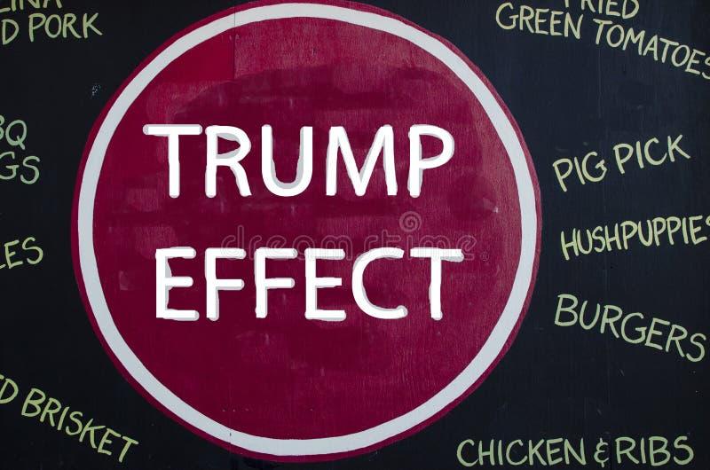 New York - 22. September 2016: Slogan gegen Trumpf in New York stockfoto