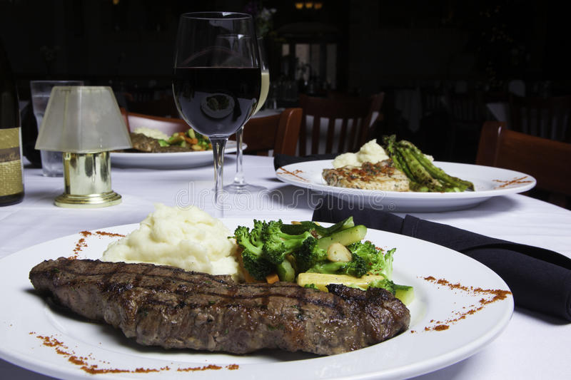 Download New York Strip Steak With Mashed Potatoes And Mixed Vegetables Stock Image - Image of glass, atop: 31875395