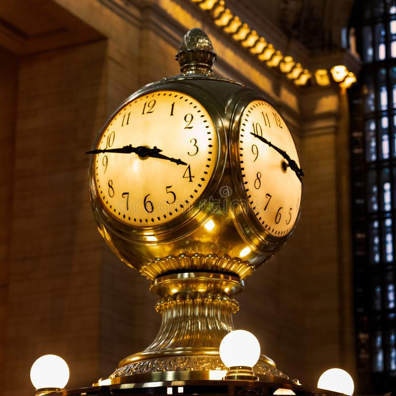 Free New York - The Grand Central Terminal Clock Stock Photo - 137441170