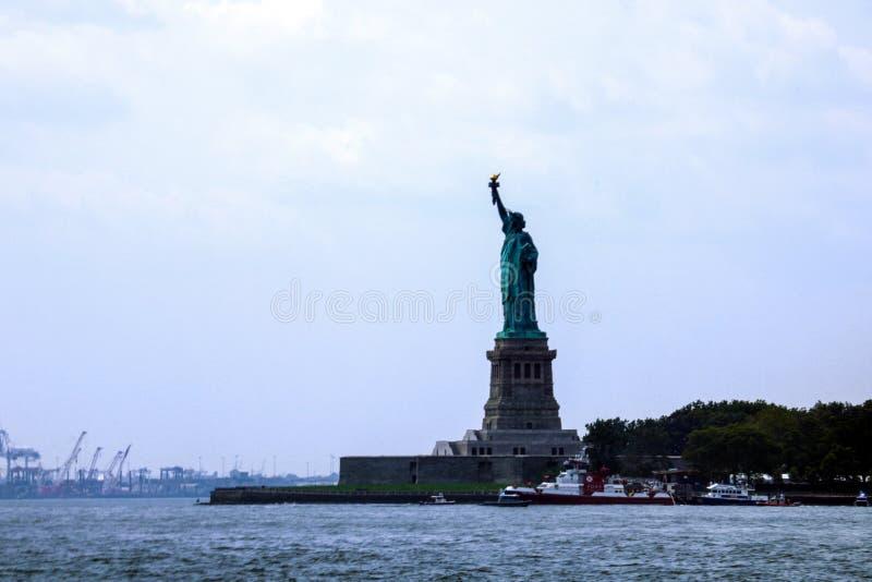 NEW YORK, U.S.A. - 31 agosto 2018: Statua della libertà su Liberty Island U.S.A. fotografia stock libera da diritti