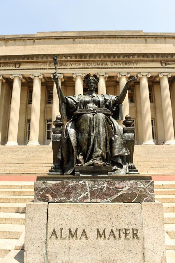 New York, U.S.A. - 25 maggio 2018: Statua di Alma Mater vicino al Columbi fotografia stock