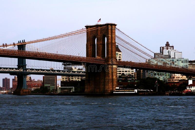 New York, U.S.A. - 2 settembre 2018: Ponte di Brooklyn in New York - vista aerea fotografie stock