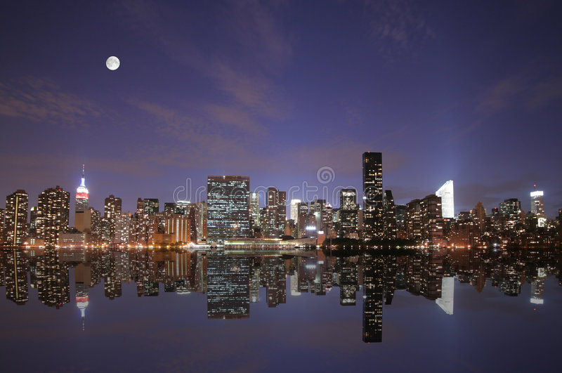 Download New York Under The Moonlight Stock Image - Image: 5087623