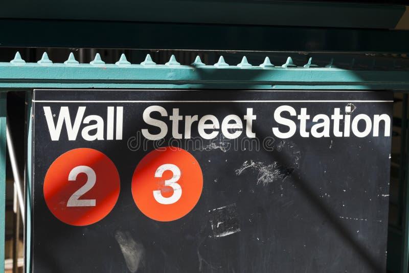 New York USA - gångtunnelingång i Lower Manhattan på Broadway arkivbilder