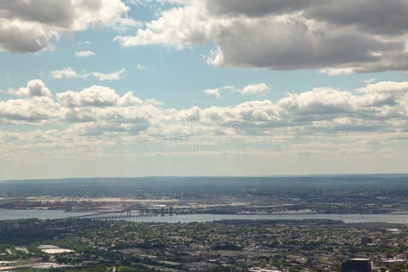 NEW YORK USA JUNI 18,2018: Flyg- sikt och bästa sikt av New York City från en internationell handelbyggnad på USA arkivfoto