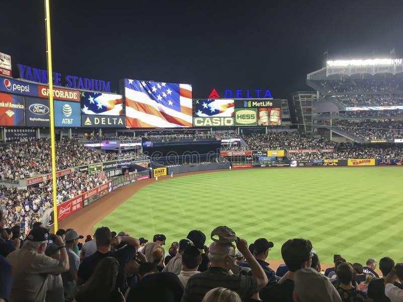 New York USA; Juni 22, 2017; Match mellan New York Yankees och de Los Angeles ?nglarna p? Yankee Stadium arkivfoto