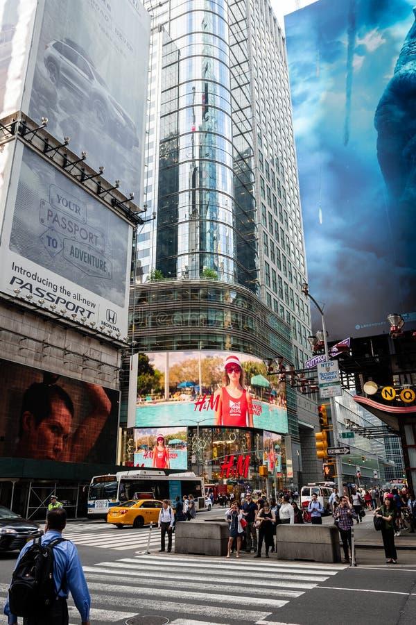 New York, USA - 6. Juni 2019: Times Square in New York City, die Vereinigten Staaten von Amerika - Bild lizenzfreies stockfoto