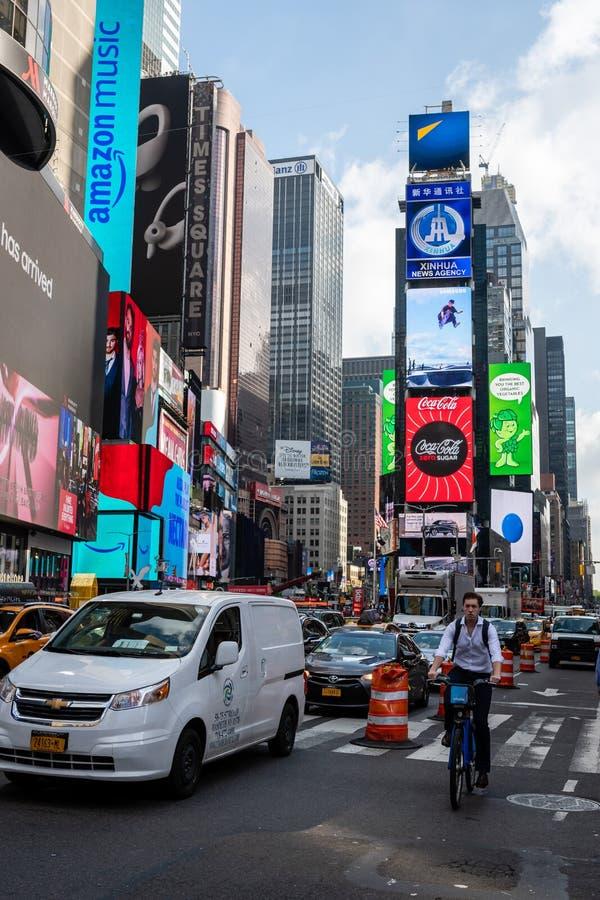 New York, USA - 6. Juni 2019: Times Square in New York City, die Vereinigten Staaten von Amerika - Bild stockfoto