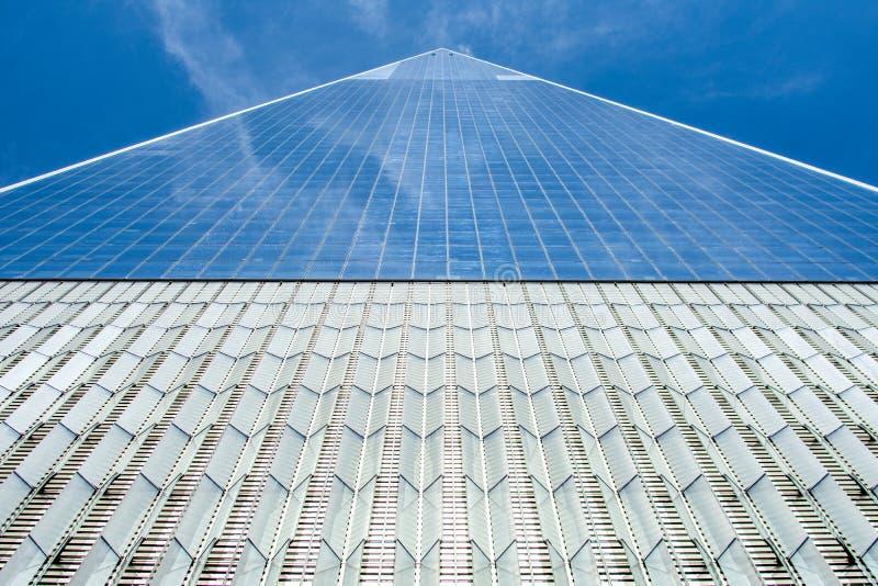 New York USA - mars 30, 2018: Moderna byggnader på världstraen arkivfoton