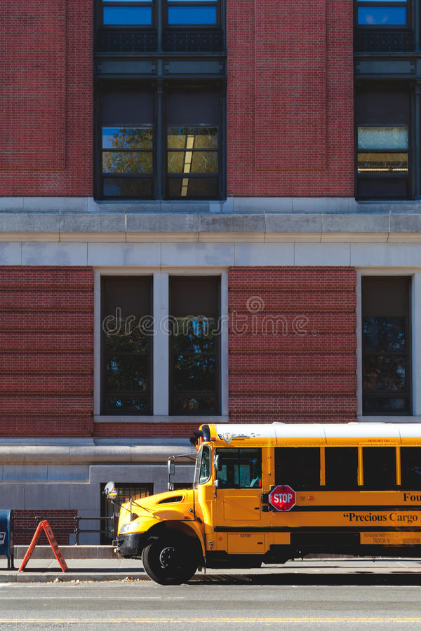 New- Yorkgelbbus stockbilder