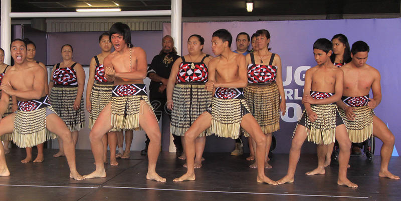 Download New Zealand Maori Perform Haka War Dance Editorial Photography - Image: 21137437