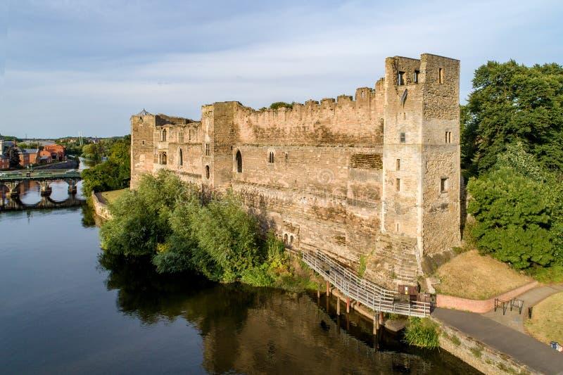 Newark slott i England, UK fotografering för bildbyråer