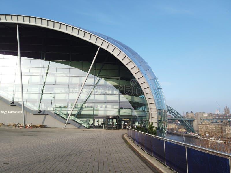 Newcastle op de Tyne, Engeland, het Verenigd Koninkrijk Sage Gateshead, een overlegtrefpunt en ook een centrum voor muzikaal onde stock afbeelding