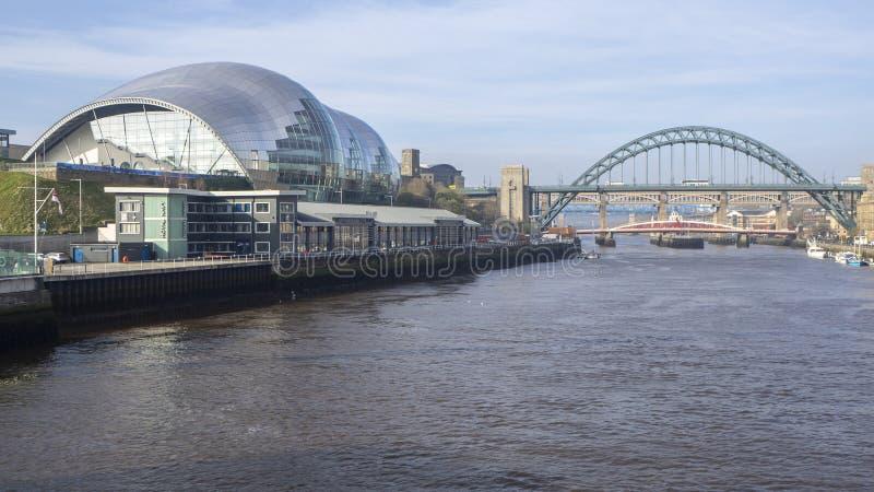 Newcastle op de Tyne, Engeland, het Verenigd Koninkrijk Sage Gateshead, een overlegtrefpunt en ook een centrum voor muzikaal onde royalty-vrije stock foto's