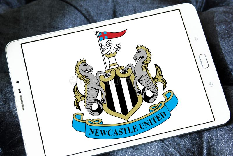 Newcastle United-Fußball-Vereinlogo stockfotografie