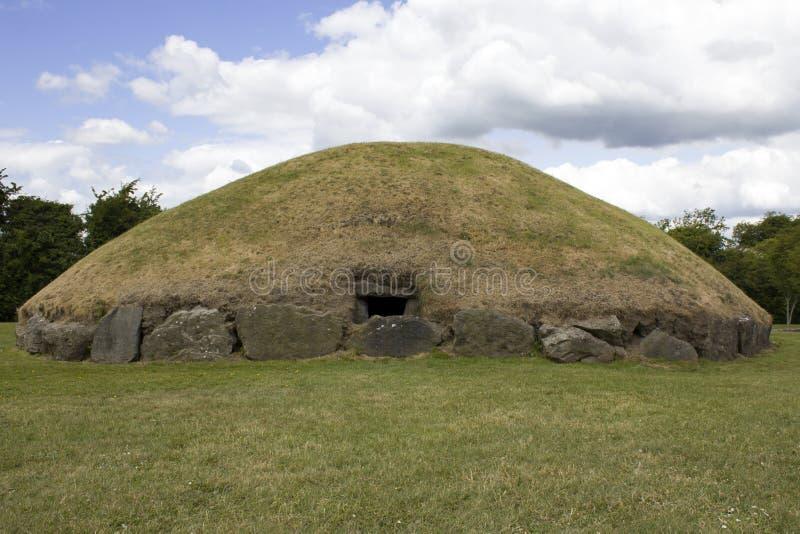 Newgrange и Knowth - места каменного века стоковое изображение rf