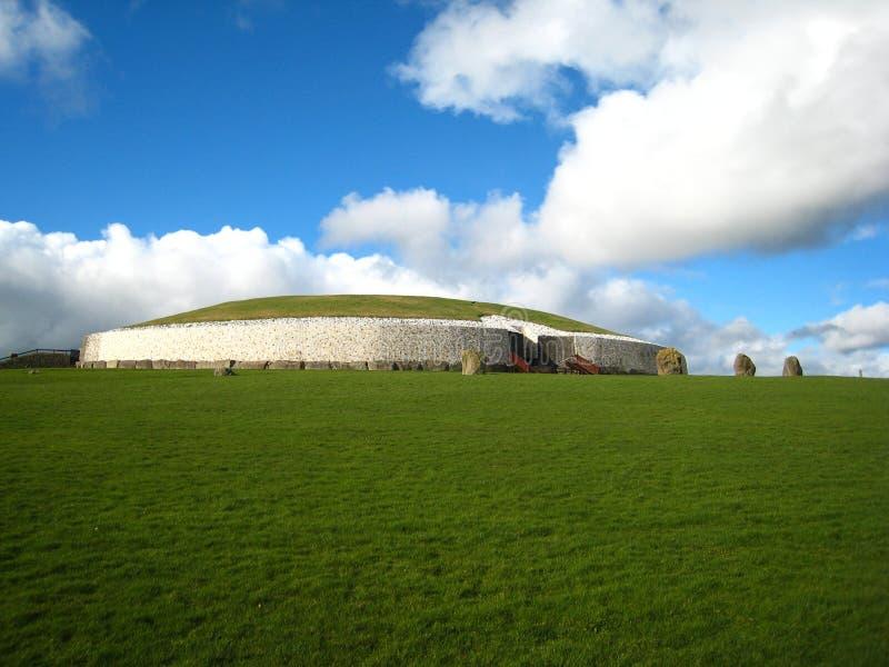 Newgrange Irlande photo stock