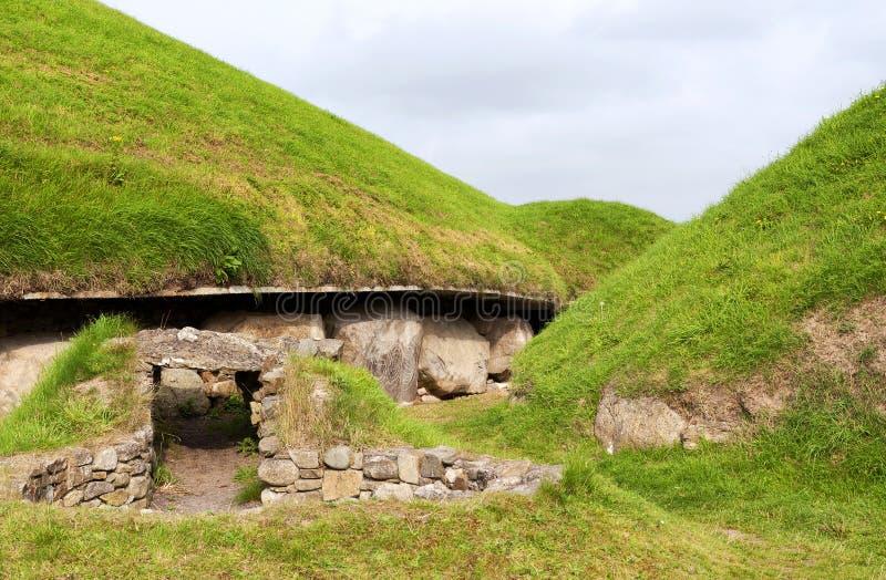 Newgrange megalitisk passagegravvalv 3200 F. KR. arkivbild