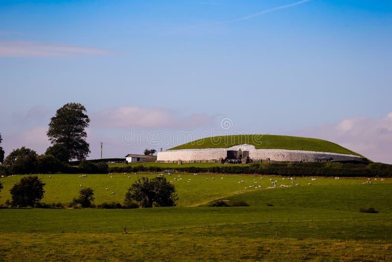 Newgrange przejścia Megalityczny grobowiec 3200 BC obraz stock