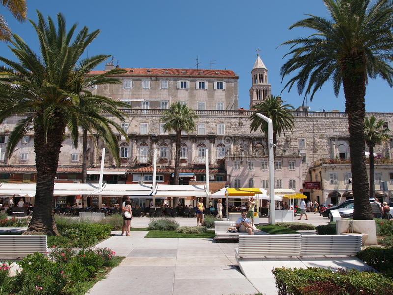 Download Newly Renovated Seafront Walkway In Split, Croatia Editorial Stock Image - Image: 27292024