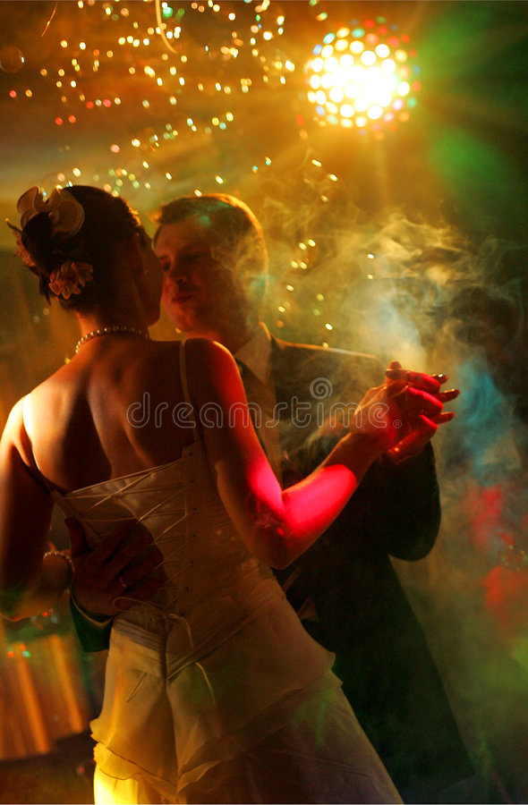 Newlywed couple dancing royalty free stock photos
