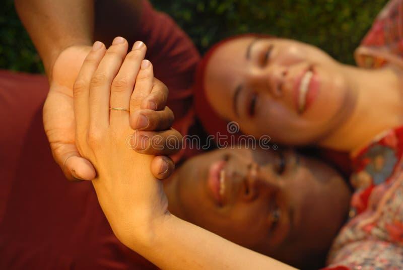 Newlyweds fieri immagini stock libere da diritti