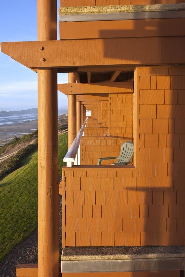 Newport Oregon que aloja com uma vista fotografia de stock