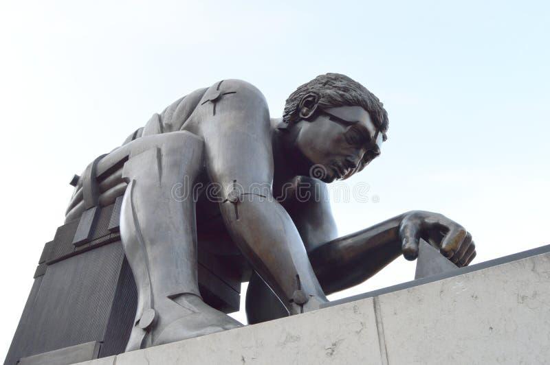 Newton Bronze Sculpture, Biblioteca Británica, Londres foto de archivo libre de regalías