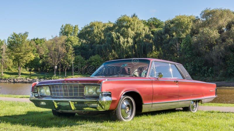 Newyorkese 1965 di Chrysler immagine stock libera da diritti