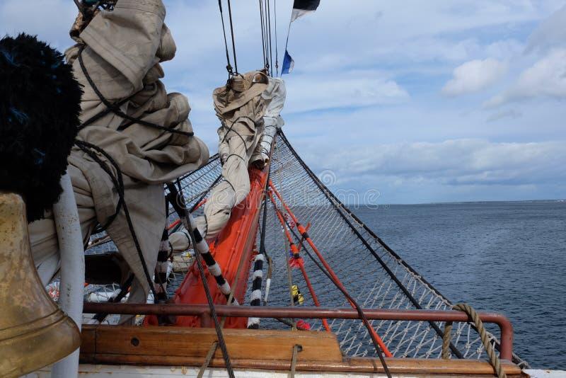 Nez de bateau de navigation photo stock
