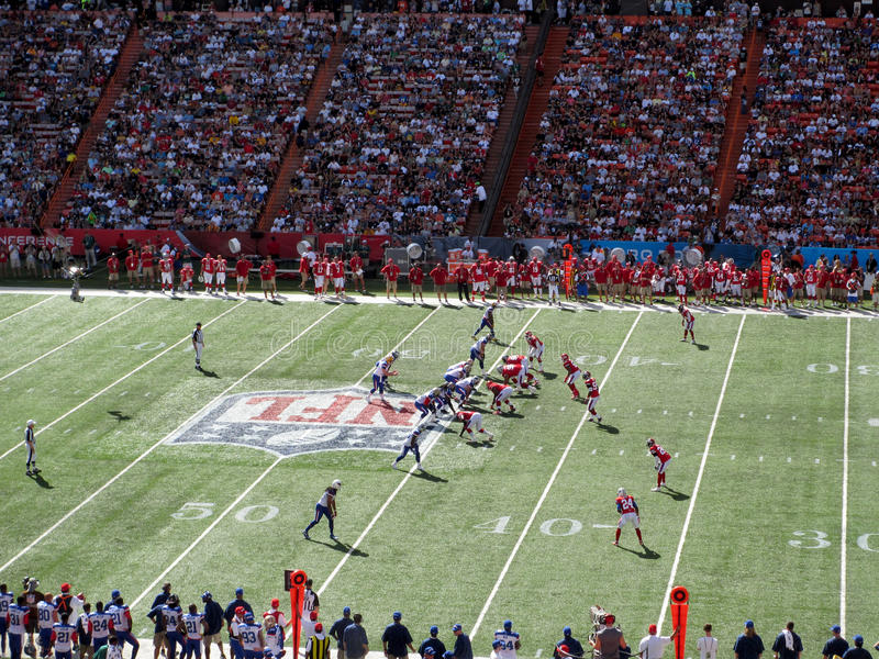 NFC Quarterback Aaron Rogers sets with other All-star Players li stock photography