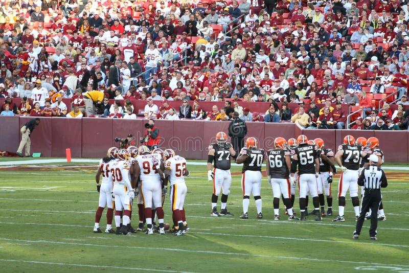Download NFL Football: Redskins V. Browns Editorial Photo - Image: 7225711