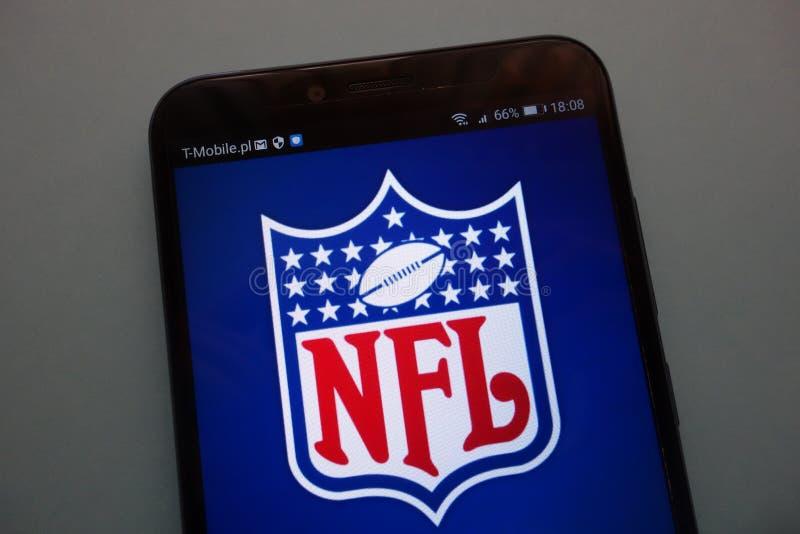 Nfl-logo på en smartphone arkivbild
