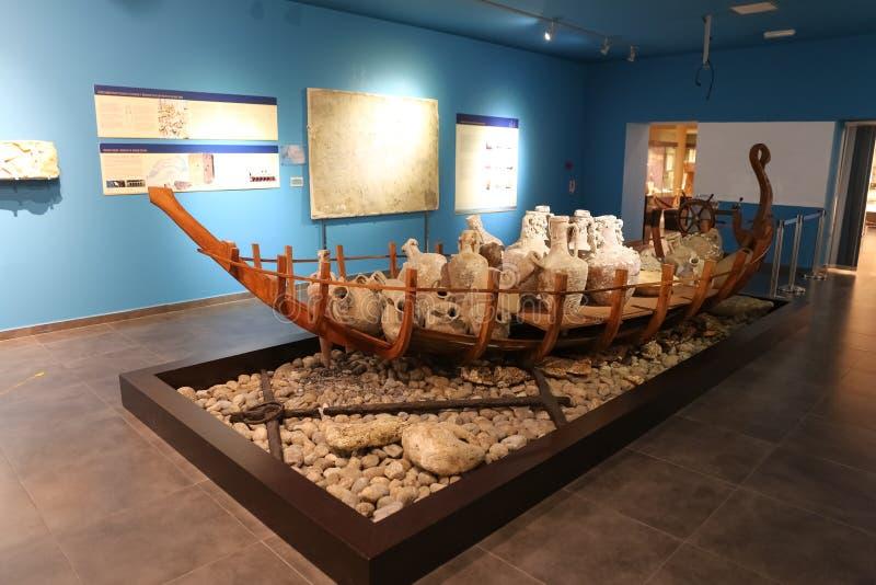 Download Ânforas Antigas No Museu De Alanya, Antalya, Turquia Fotografia Editorial - Imagem de archaeology, navio: 107526077