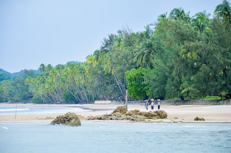 Ngapali strand i Myanmar royaltyfria bilder
