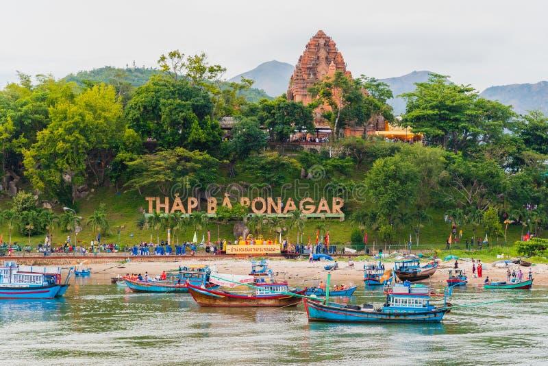 Nha Trang, Vietnam: Tempel för Po Nagar arkivbilder